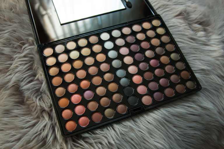 Shany Natural Fusion Eyeshadow Palette (88 Color Eyeshadow